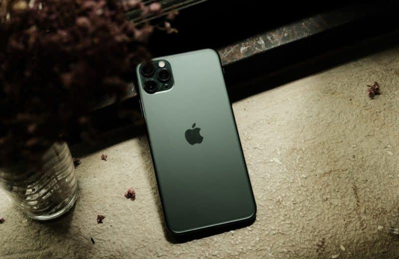 Quel iPhone tient le mieux la batterie ?
